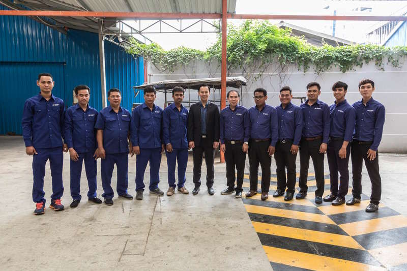 Worldbridge AutoRepair Team